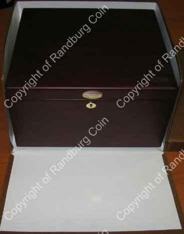 Lindner_Box_6_Tray_35_Division_Box1.jpg