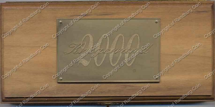 2000_Gold_Proof_KR_1_oz_Celtic_box.jpg