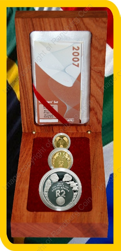 2007_FIFA_Gold_Proof_Quarter_and_10th_oz_and_Silver_1oz_Collector_Set_open_box_rev