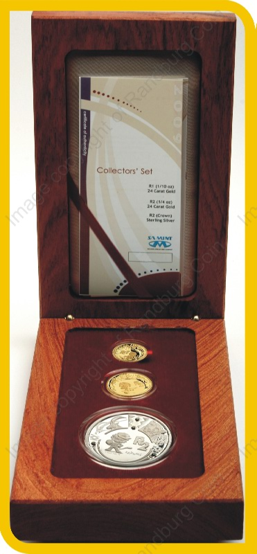 2009_FIFA_Gold_Proof_Quarter_and_10th_oz_and_Silver_1oz_Collectors_Set_open_box_no_mintmark_rev