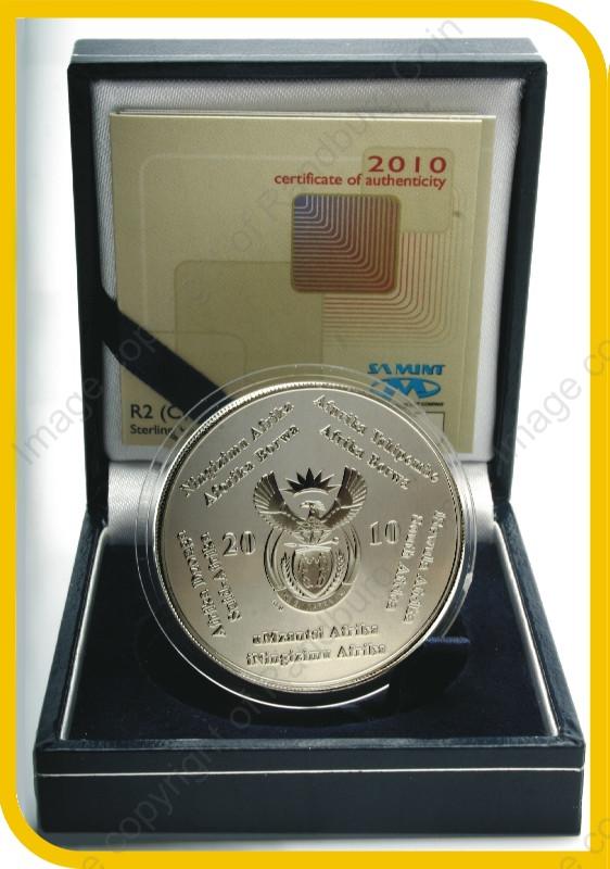 2010_Silver_R2_proof_FIFA_Crown_coin_open_box_ob